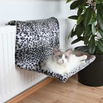 Liels guļamtīkls radiatoram